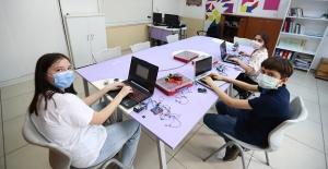 Enderunlu çocuklar 3 projeyle Teknofest'te